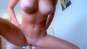 A body of a goddess and the mind of a slut