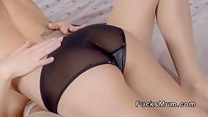 fucksmum.com