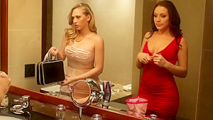 Tonight's Girlfriends: Gracie Glam & Kagney Linn Karter