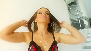 Evelyn Foxy in group bukkake blowbang action from Cum For Cover