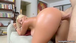 Jazmyn's Perfect Natural 34DD Tits