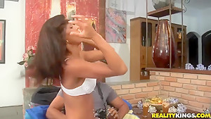 Sexy Rafaela gets her pussy banged by Tony Tigrao after photo session