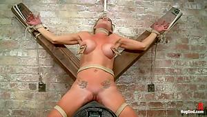 Felony - Amazing MILF Squirter