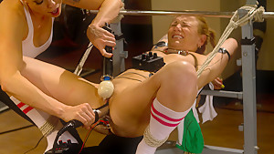 Fabulous fetish xxx movie with hottest pornstars Jessie Cox and Lorelei Lee from Wiredpussy