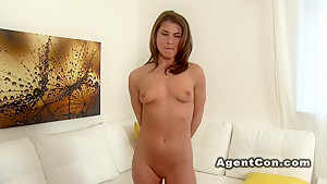 Tanned amateur bangs in casting couch