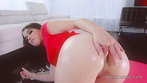 Anal fuck with huge dick for girlfriend