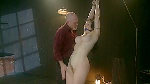 Submissive Annika