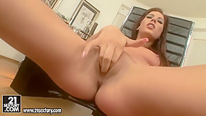 Playful beauty Anita Pearl is fingering twat